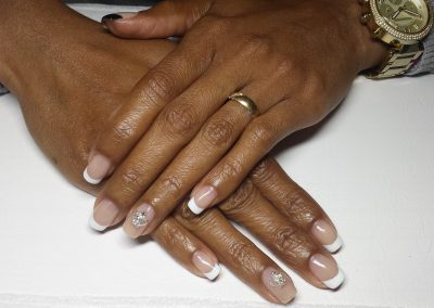 cnd&canni_import_switzerland_gel_colors_shellac_manicure_zurich